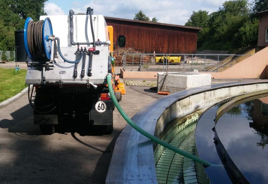 BERTSCHE ReiGieFlex Gießaufbau mit Saugpumpe