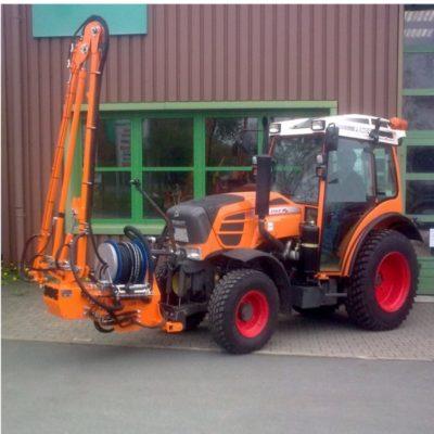BERTSCHE Gießarm GA2012 Traktor-Frontanbau;