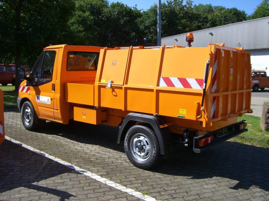 BERTSCHE Leichtmüllverdichter Typ LM 3,5 auf Ford Transit