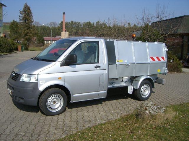 BERTSCHE Leichtmüllverdichter Typ LM 3,5 auf Volkswagen Transporter silbermetallic
