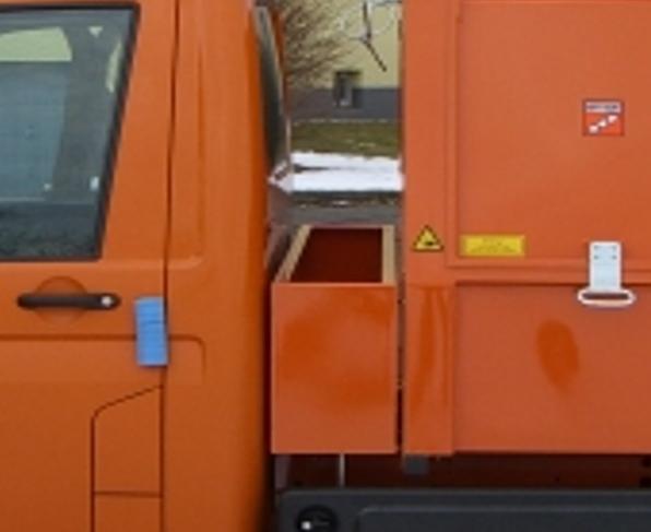 BERTSCHE Leichtmüllverdichter Zwischenbehälter Standard