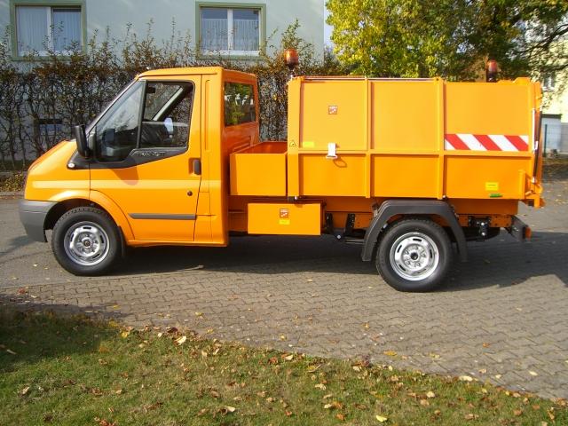 BERTSCHE Leichtmüllverdichter Typ LM 3,5 auf Renault Master