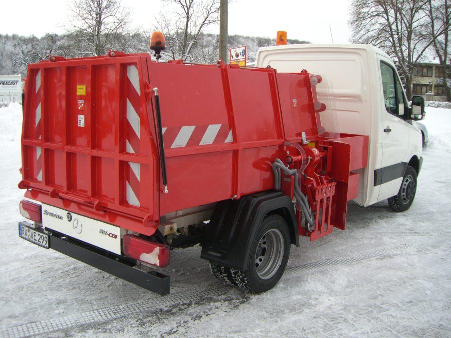 BERTSCHE Leichtmüllverdichter Typ LM3,5S auf DB Sprinter