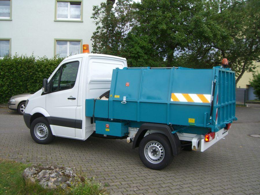BERTSCHE Leichtmüllverdichter Typ LM3,5 auf LM3,5 DB Sprinter Fahrgestell