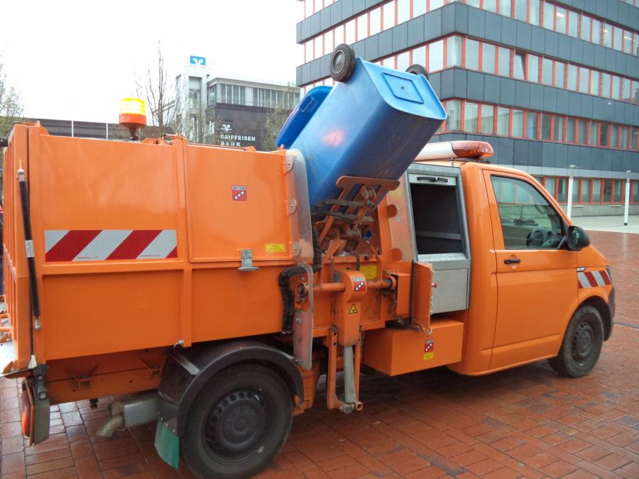 BERTSCHE Leichtmüllverdichter Typ LM3,5S auf Volkswagen Transporter