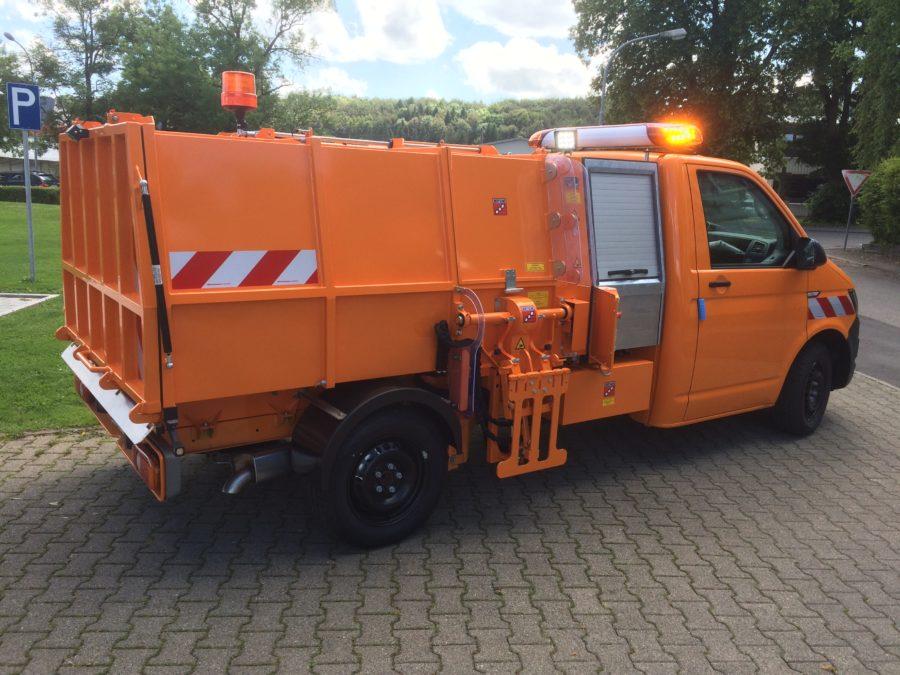 BERTSCHE Leichtmüllverdichter Typ LM3,5S auf VW T6-Fahrgestell