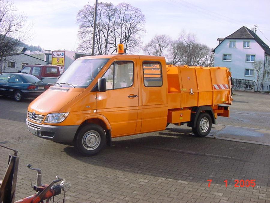 BERTSCHE Leichtmüllverdichter Typ LM 3,5 auf DB Doka-Sprinter-Fahrgestell
