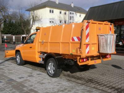 BERTSCHE Leichtmüllverdichter Typ LM 4,0 im Festaufbau auf VW Amarok