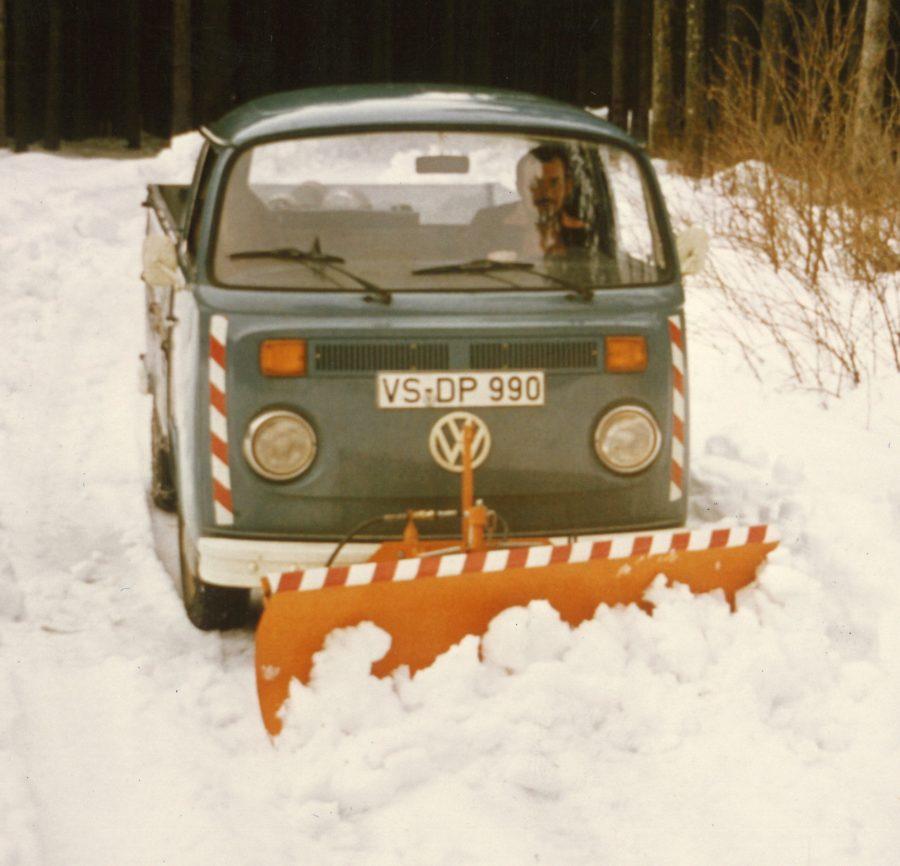 1966 Bertsche R500 Schneepflug an VW Transporter