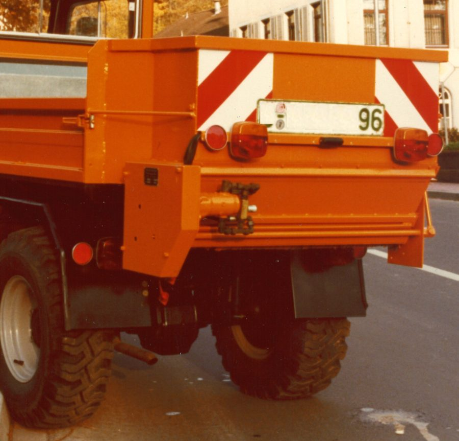 1974 Bertsche Breitstreuer Walzenstreuer hydraulisch