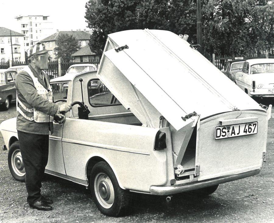 1975 Bertsche Abfallsammelbehälter auf DAF Handkipper