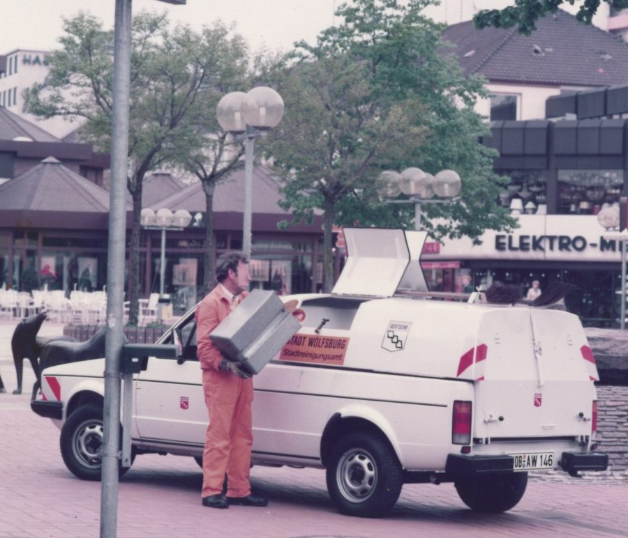 1982 Bertsche Abfallsammelbehälter auf VW Caddy