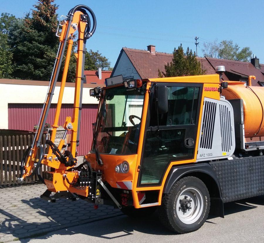 2018 Bertsche Gießarm GAH2012 an Hansa-Fahrzeug