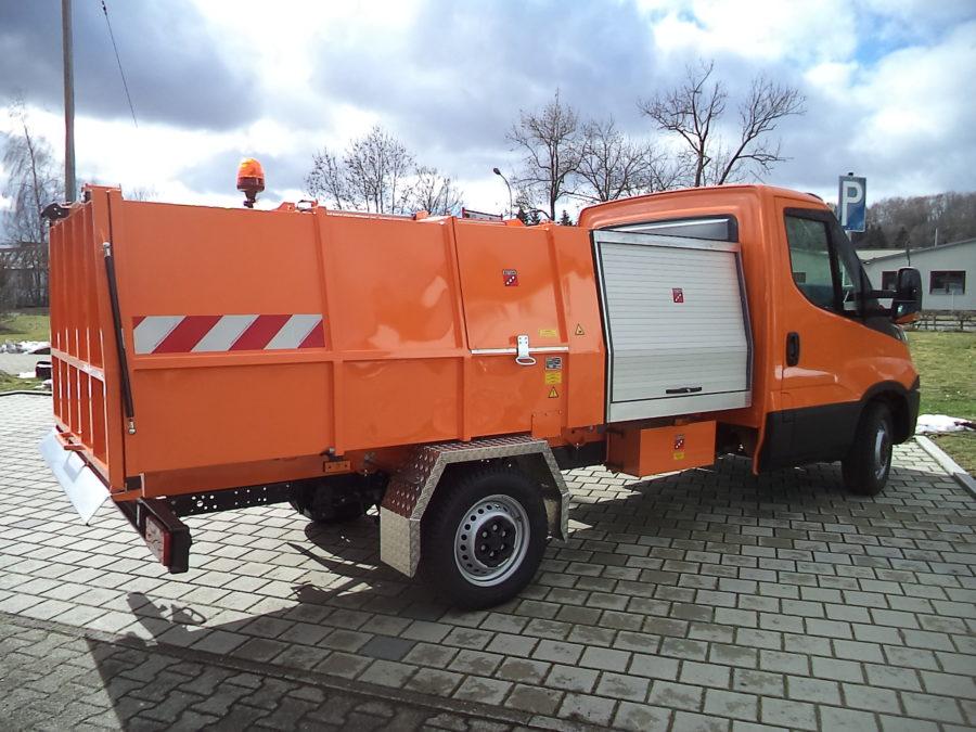 LM3,5 Leichtmüllverdichter auf IVECO Fahrzeug mit Premium Zwischenbehälter