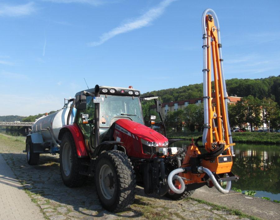 Bertsche Gießarm 2012XL - Schlepperanbau;