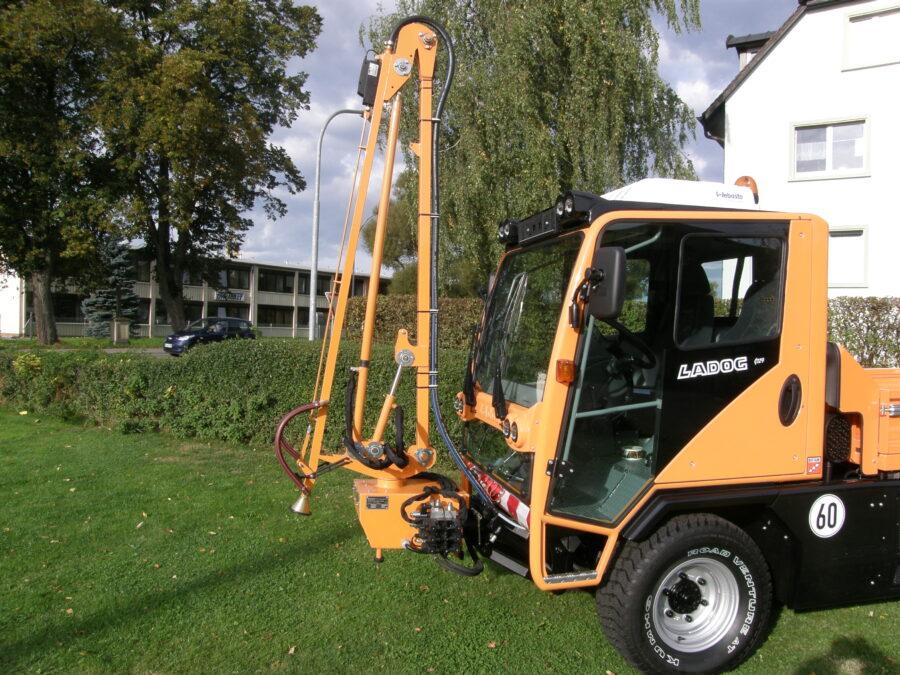 Ladog-Fahrzeug mit Gießanlage